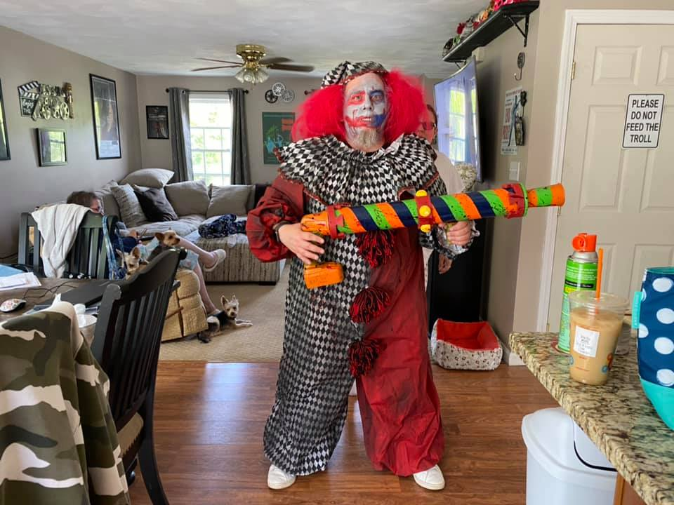 Haunted Hills Productions Clown Outfit & Clown GunReview!